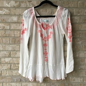 Maurices BOHO Gauze Embroidered Top Size Small